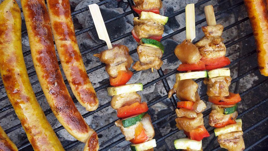 Kipspiesjes op de BBQ - Saté marinade